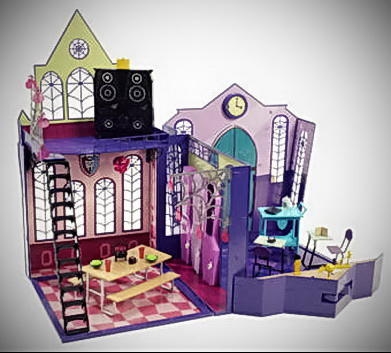 Setting Up Monster High Beds for Your Dolls and Other Collections